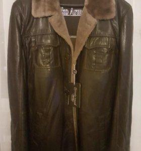 Продам зимнюю мужскую кожаную куртку-дубленку