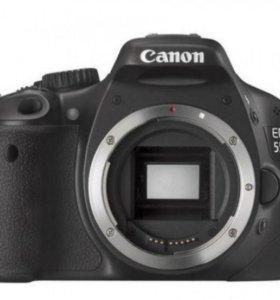 зеркальная камера canon 550d
