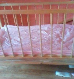 Кроватка детская,матрац,чехол