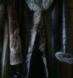 Пальто кожаное демисезонное