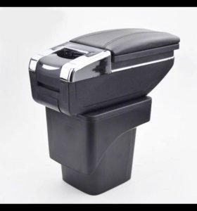 Подлокотник для форд фокус(2)