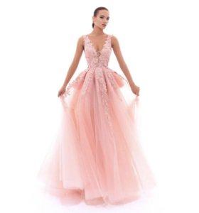 Платье Tarik Ediz на выпускной