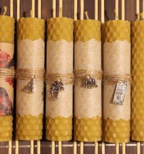 Катаные свечи из вощины с декором