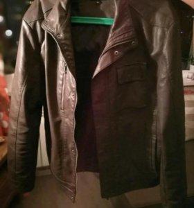 Мужская куртка кожзам 52 размер