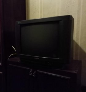 Телевизор Samsung 52 см с ТЕЛЕТЕКСТОМ