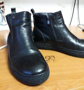 Ботинки зимние, новые