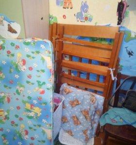 Продам Детскую кроватку .