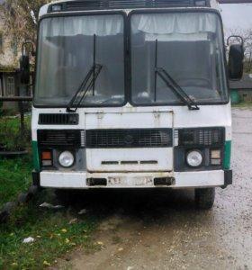 ПАЗ-32050r