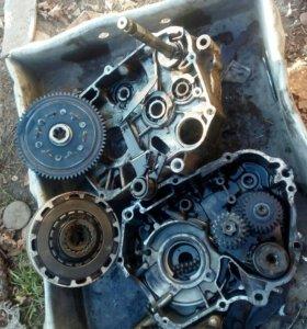 Разобранный двигатель на альфу 110 куб