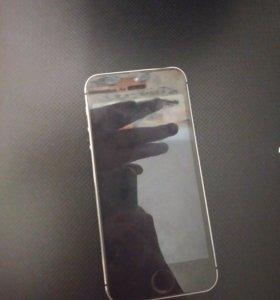 Отдам на запчастия айфон 5s