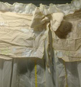 Балдахин для детской кроватки бежево-белый