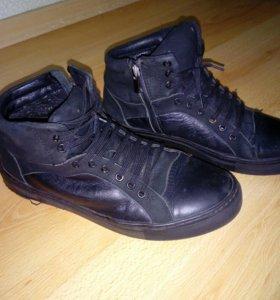 Утепленные ботинки 39р-р