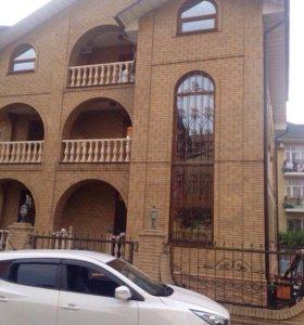 Дом, 400 м²