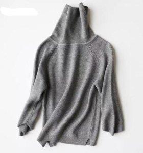 Женский свитер S-M