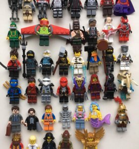 Лего минифигурки.