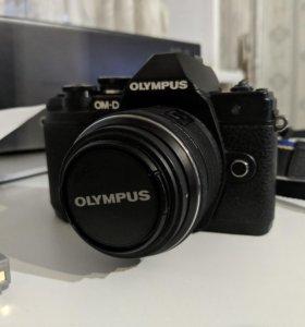 Olympus om-d e-m10 mark III kit 14-42 II R