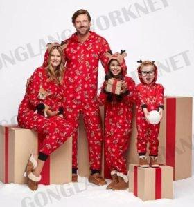 Новогодний набор пижам для семьи