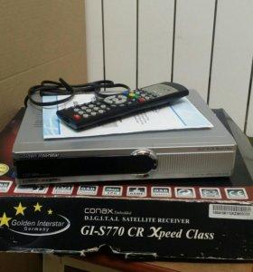 Спутниковый ресивер Golden Interstar GI-S77