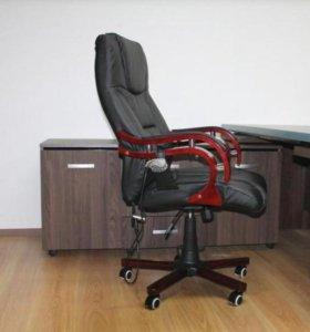Кресло руководителя кожанное, офисное кресло