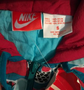 Лыжный комбинезон Nike новый