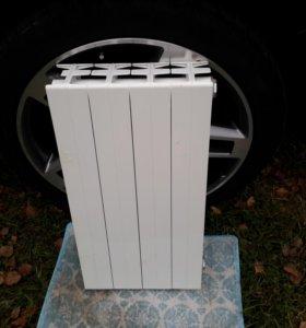 Биметаллический радиатор Sira CF 500 4 секции