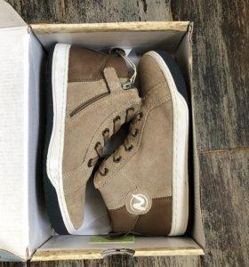 Новые кроссовки Naturino