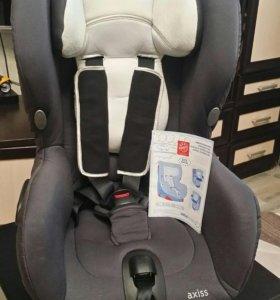 Автокресло кресло Bebe confort Axiss (9-18 кг)