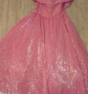 Платье на девочку 1-4 класс