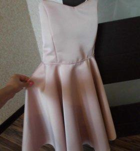 Платье новое,цвет пудра