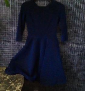 Праздничное пышное платье с блёстками на девочку