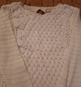 В хорошем состоянии свитер