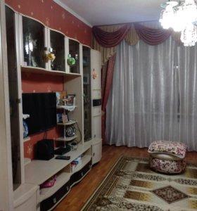 Квартира, 3 комнаты, 75.8 м²