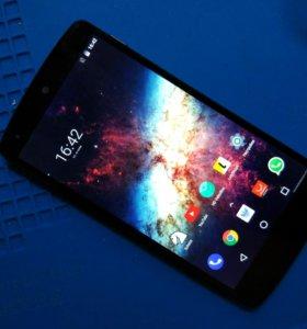 Nexus 5 (LG D821 32 Gb)