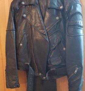 кожаный комплект