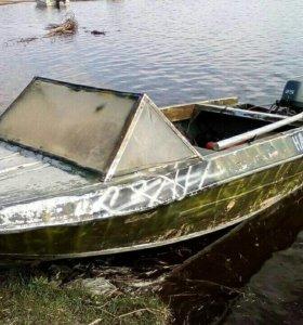 лодка крым с мотором ямаха 25 4-ых тактный доки