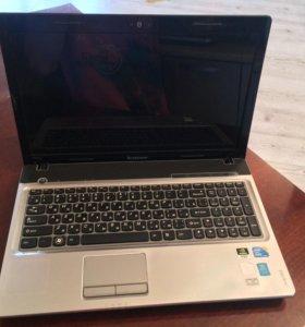 Ноутбук Lenovo IdeaPad Z560 (core i3)