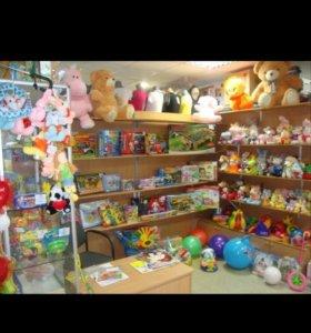 Отдел игрушек ищет продавца