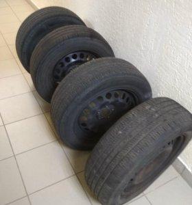Летние шины на штампованных дисках