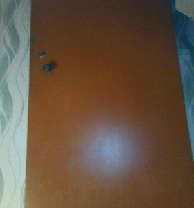 Металлическая дверь б/у.