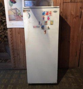 Холодильник Атлант. Рабочий!
