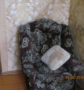 продам 2 кресла , можно по отдельности