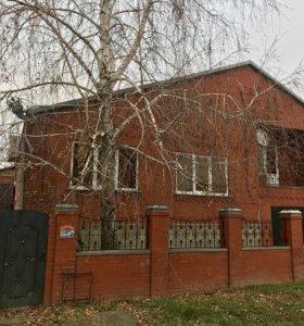 Дом, 178.6 м²