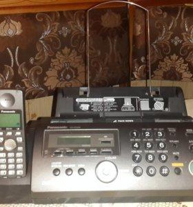 Телефон / Факс Panasonic KX-FC228RU