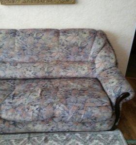 диван и2 кресда