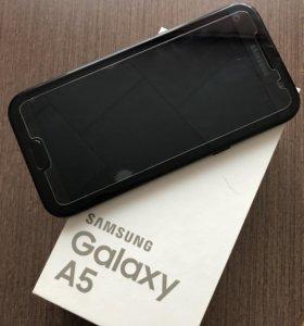 Телефон Samsung A5 2017