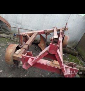 Сельхоз-оборудование(плуг,трактор,косилка)