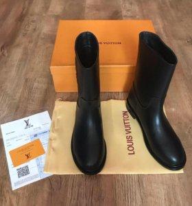 Ботинки кожаные «Louis Vuitton»