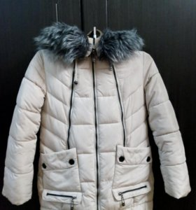 Подростковая зимняя куртка. Длина 74 см; рукав 55