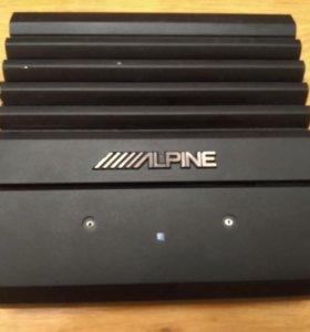 Усилитель Alpine