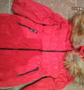 Куртки на девочку.98-110см